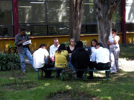 blog_2011-07-26_escuela-de-paz-casa-xitla_2